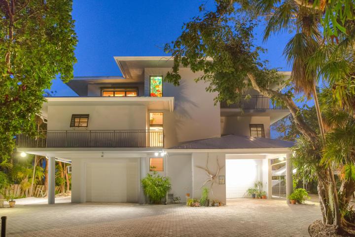 Custom-Built Home With Premier Islamorada Location